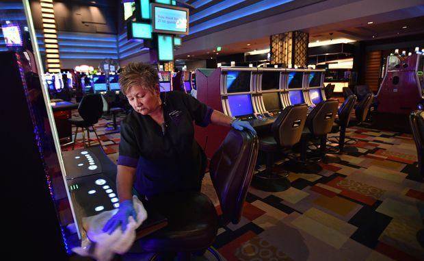 What Can you Do About Online Gambling Right Now?